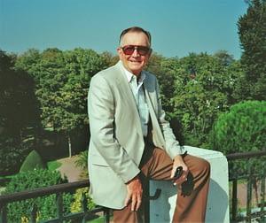 Harold Wolfe